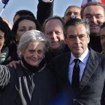 Почна судењето на експремиерот на Франција, Франсоа Фијон