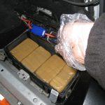Полицаец уапсен за шверц на пет килограми хероин од Косово, едно лице е во бегство