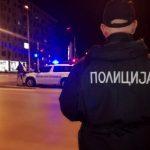 Две лица со возило бегале од полицијата во Радовиш за време на полициски час, па удриле во бетонски ѕид