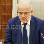 Барањето за свикување на Собранието потпишано од 35 пратеници стигна кај Џафери