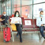 Нови правила на аеродромите: Патниците да пристигнат три часа пред летот, на влез ќе им се мери температура
