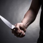 Малолетник прободен со нож во расправија во Чаир