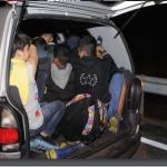 Осумнаесет мигранти пронајдени во комбе на автопатот Неготино-Градско