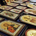Обвинение за кражба на икони