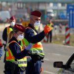 Унгарија од утре ги затвора границите поради Ковид-19