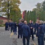 Пожарникарите протестираа пред канцеларијата на Шилегов