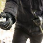 Тројца приведени поради тешка кражба во дуќан во Петровец