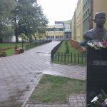 """Ученичка во средното училиште """"Нико Нестор"""" во Струга со нож нападнала соученик"""