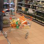 Студентите со субвенциите ќе може да купуваат храна и од продавница