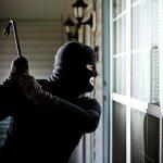 Приведени двајца скопјани, извршиле кражба во куќа, украле пари и златен накит